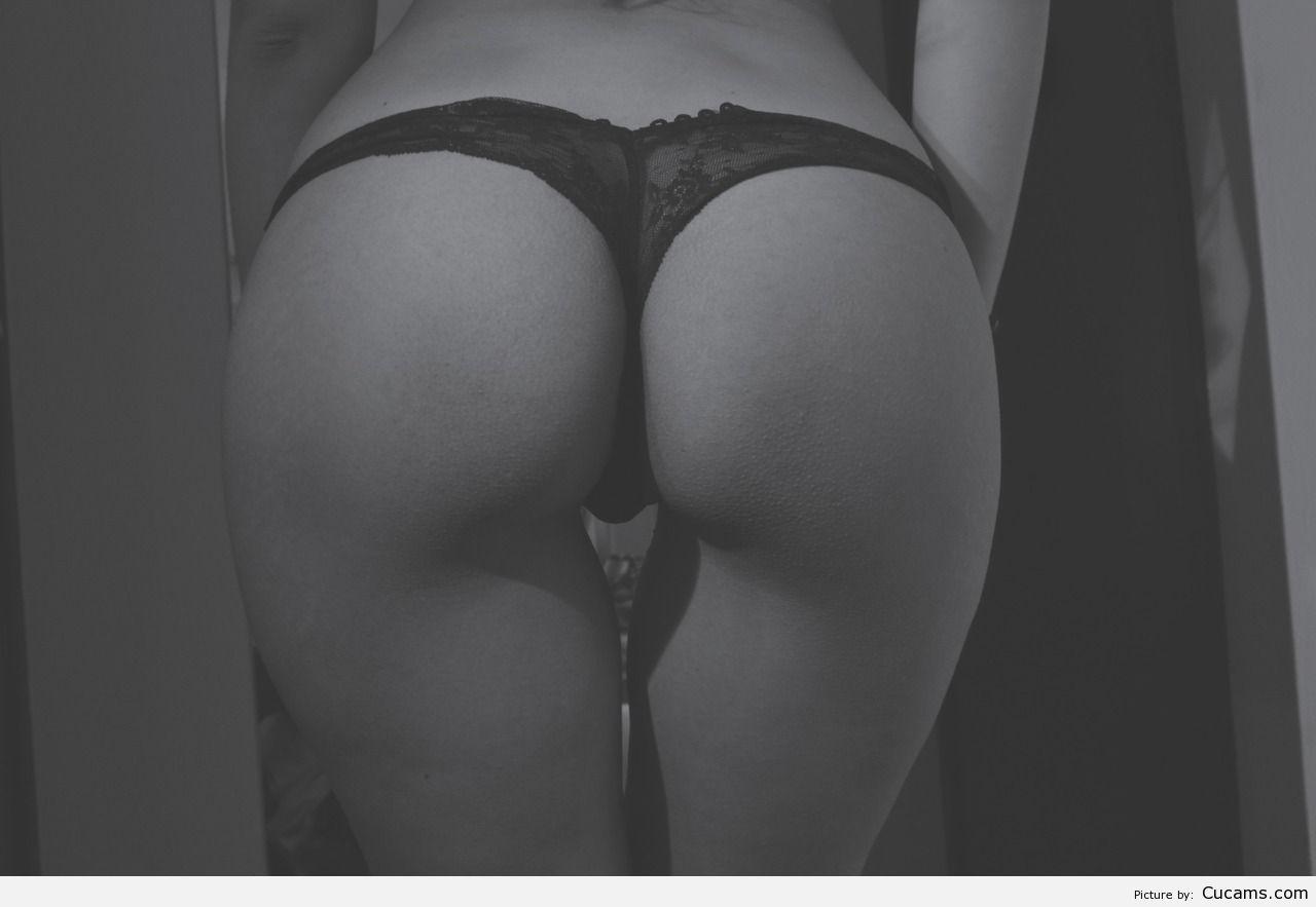 Бисексуалы в стрингах, приятно кончить жене в влагалище не вынимая член