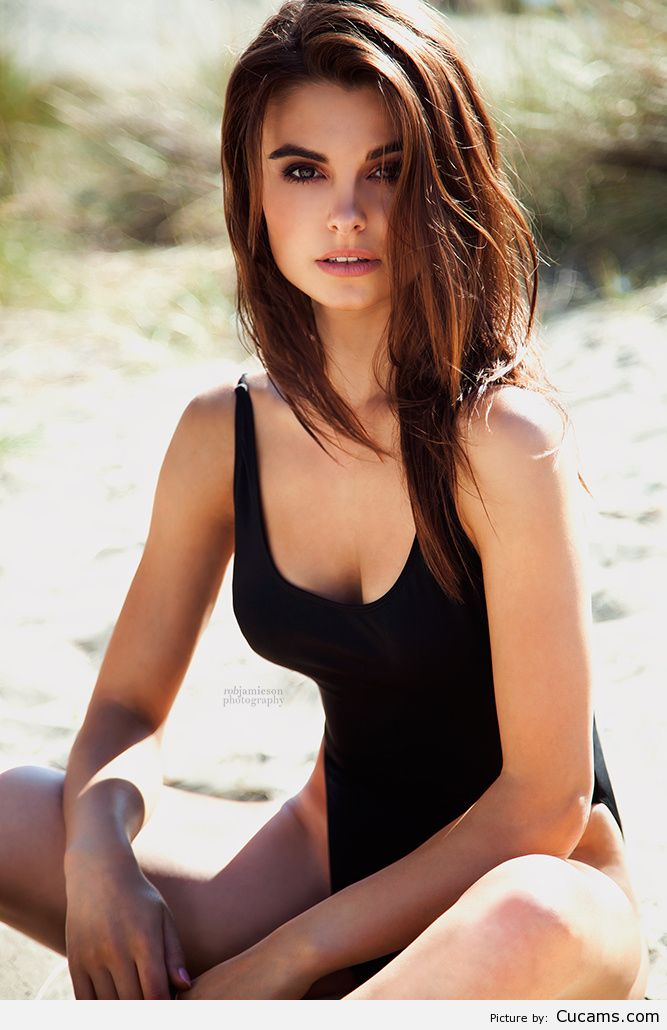 Cucams BDSM Outdoor by cucams.com